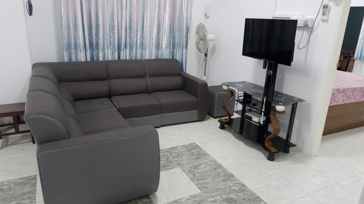 Three-Bedroom Condo in Bahan